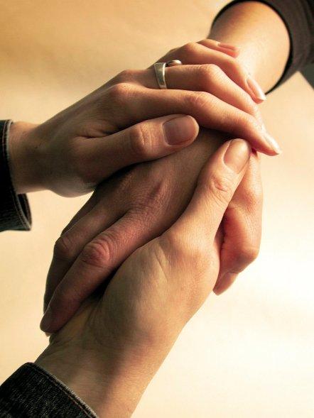 hands-1528222
